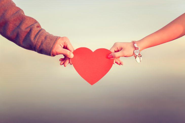 Romantic-ways-to-celebrate-Valentines-Day-730x486